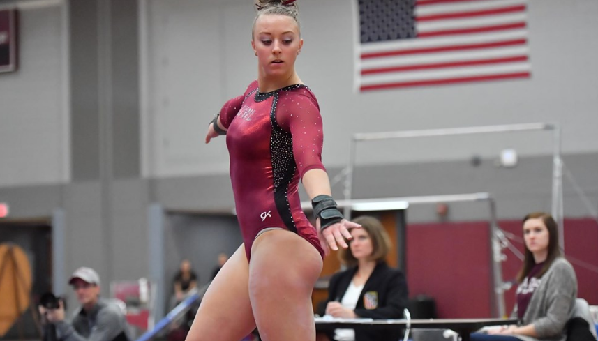 UW-L+Junior+Samantha+Wiekamp+grabs+the+all-around+title+at+Friday%E2%80%99s+meet+against+the+University+of+Wisconsin-+Stout.