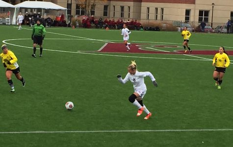 UWL Soccer Undefeated in Conference Season