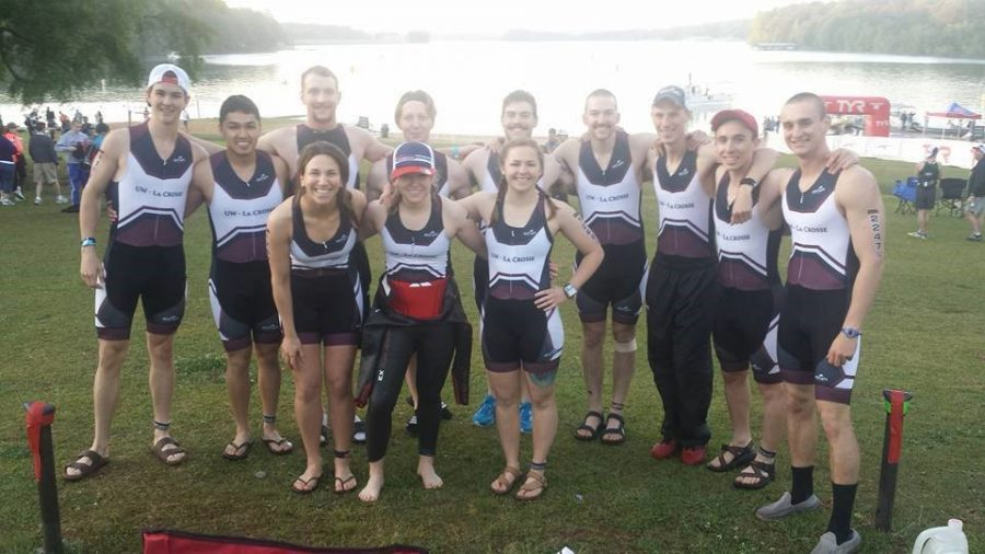 The+UW-L+Triathlon+Team+at+their+National+Championship+Race+in+April+%28Managing+Editor+Noah+Finco+4th+from+the+right%29