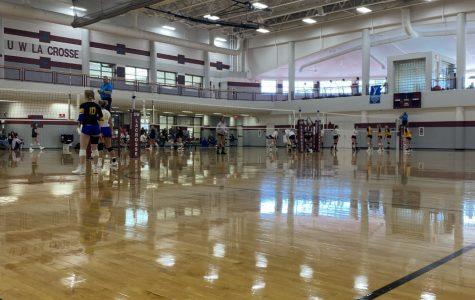 UWL wins women's club volleyball tournament
